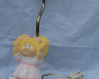 Vintage Cabbage Patch Kid Lamp, Blonde Girl Figural Lamp 1980s OAA