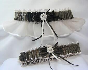 Real Tree Ivory Camouflage wedding garters Camo garter