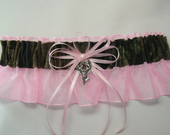 Mossy Oak Camouflage wedding garters Light Pink garter Keep
