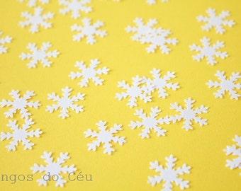 250 Snowflakes - Mini Paper Confetti - Pearl Confetti - Wedding and Party Confetti - Snowflake Confetti - 100% Handmade. Ready to Ship.