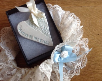 Grandmother of the bride ceramic heart gift card