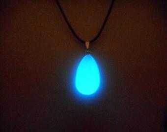 Glow in the dark Jewelry, Glow Necklace , Kingdom Hearts - 8 hour glow!