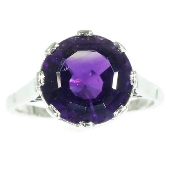 purple amethyst ring platinum vintage jewelry 1930s