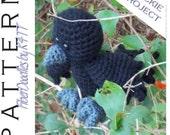 INSTANT DOWNLOAD : Handful of Crow/Raven Crochet Pattern