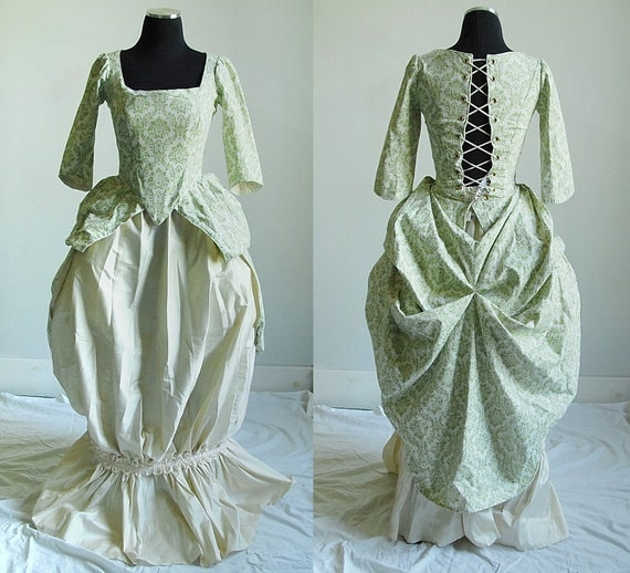 Items similar to 1700s Peasant Gown in Green and Ivory on Etsy