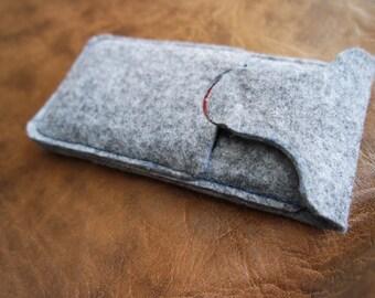 FREE SHIPPING - iPhone 6 felt case, felt sleeve, iPhone 6 wool felt pouch, padded iPhone sleeve, felt phone sleeve, personalised phone case