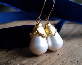 Freshwater Pearls Earrings - Lilianna