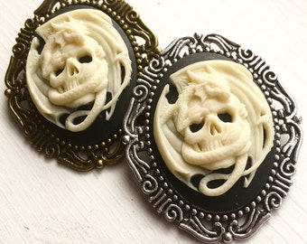 Dragon and Skull Cameo Brooch / Pick your Finish / Pirate Costume Dragon Lover Gift Gothic Wedding Bridesmaids Pin Boutineer Bouquet Budget