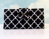 Handmade women long bifold black and white wallet  - Hot pink details - White lattice - Custom order