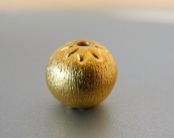24k Gold Vermeil Round Beads With Flower Sterling Silver Ball Gold Plated 9mm