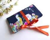 Peacock Fabric Jewelry Roll. Travel Jewelry Bag. Jewelry Pouch. Earring Organizer. Monnogrammed Gift for Her. Personalized Bridemaid Gifts.