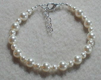 Little Girls Jewelry Flowergirl Gift Bracelet Swarovski Ivory Cream Glass Pearls Adjustable First Communion Infant B115