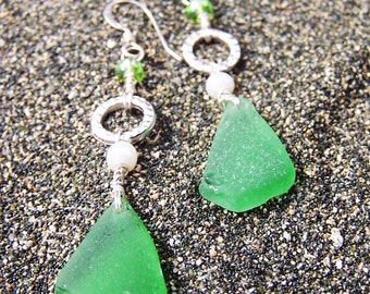 Sea Glass Earrings in Emerald Green with Hammered Silver Circles and Pearl Beads on Sterling French Ear Wires EG 42