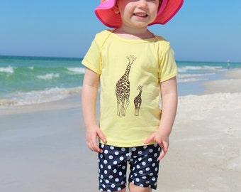 Giraffe TShirt - American Apparel Yellow Cotton Tshirt