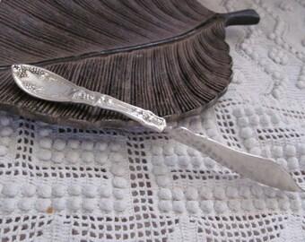 Antique Silver Plate Twisted Master Butter Knife - La Vigne 1908 Pattern