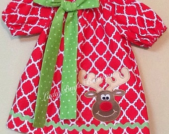 Red Quarterfoil Peasant Dress with Reindeer applique.Short sleeves, can be personalized. *****Please Read Shop Announcement*****