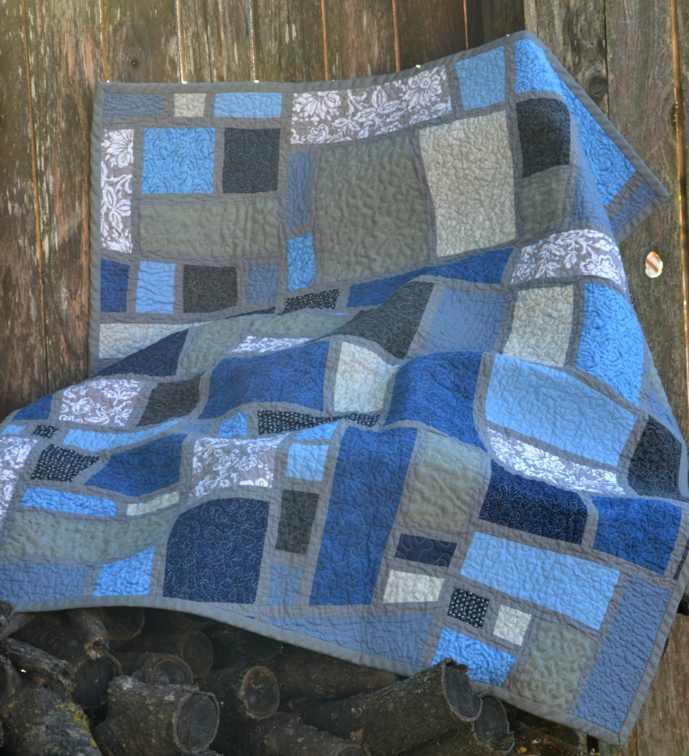 blue quilts size big fab find patchwork quilt blue comforter bedding blue ragged quilt. Black Bedroom Furniture Sets. Home Design Ideas