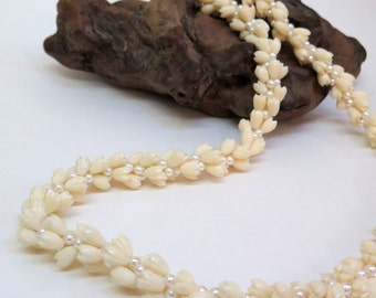 Vintage Hawaiian Style Necklace