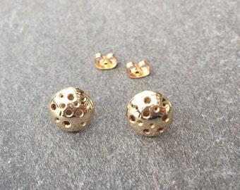 Luna Earrings // Gold