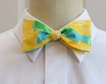 Men's Bow Tie in Lilly sunglow First impressions (self-tie)