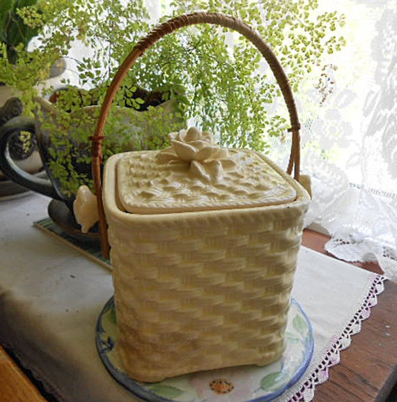 Reserved TEA CADDY or ICE Bucket, Cream Basket Weave Design Cover, Rose Knobs Wicker Handle, Barware, Kitchen, Vintage 1950s Japan Made