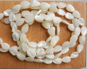 Mother of pearl, shell, leaf beads   (12x8mm)