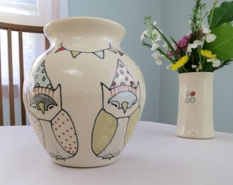 Handmade Ceramic Flower Vase - Owls Vase - Party Owls - Owls - Party Hats - Bunting