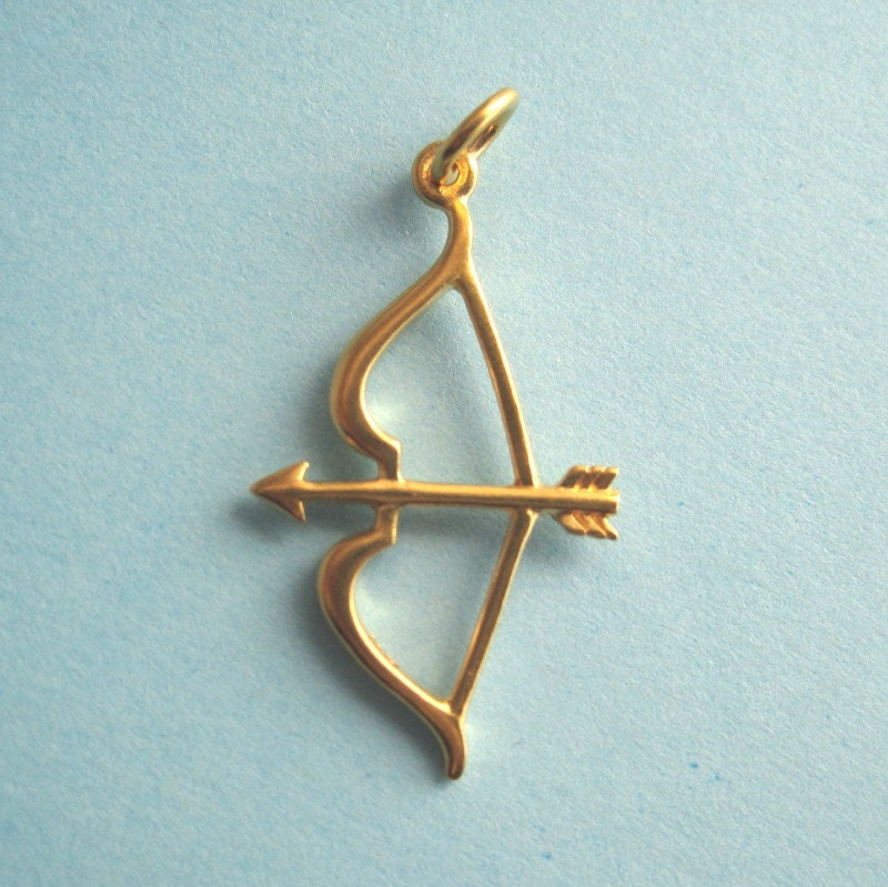 24K Gold Over Bronze Bow and Arrow Pendant from Orodoro on ... Gold Bow And Arrow