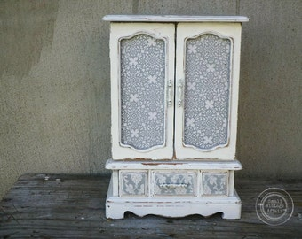 V I N T A G E, Whites Collection Jewelry Box Armoire Jewelry Chest Organizer