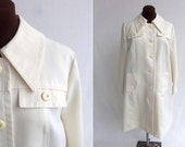 Vintage 60s 70s Coat Rain Trench Cream Ivory Off White Like New Size S / M   Mod