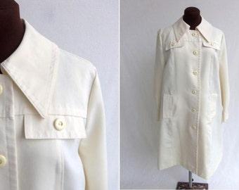 Vintage 60s 70s Coat Rain Trench Cream Ivory Off White Like New Size S / M   Mod
