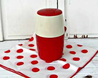 Vintage Ice Shaver | Red and White Lillo