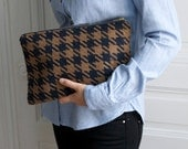 MAX Clutch - Camel and checked pattern