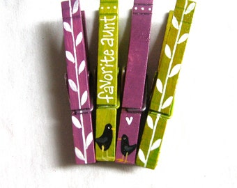 FAVORITE AUNT CLOTHESPINS hand painted magnets