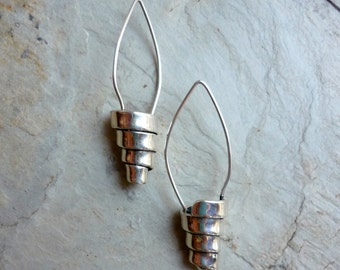 Spiral silver Earrings, Sterling Silver Earrings, Dangle Earrings, Sterling Silver Jewelry, Artisan Jewelry, long earrings, simple earrings