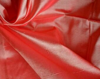 Silk Taffeta in  Red and cream -  fat quarter -TF 87