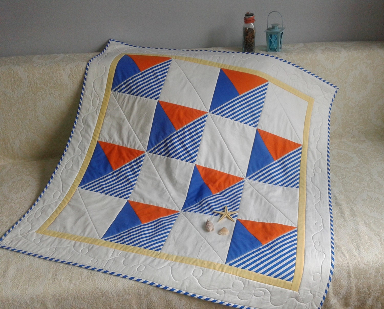 Quilt Patterns Using Stripe Fabric : Summer Breeze quilt pattern boats striped fabric mitered