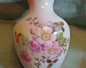 """Vintage Schumann Arzberg Bavaria Wild Rose Blush 6-1/2"""" Vase"""