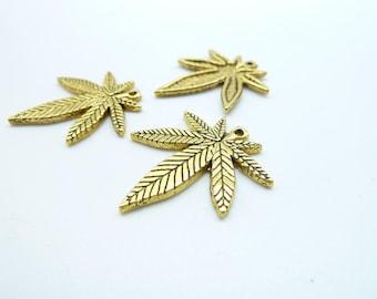 20pcs 22x25mm Antique Golden maple leaf Leave Charm Pendant c7926