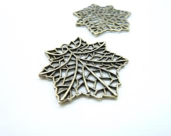 10pcs 32x33mm Antique Bronze Filigree maple leaf Leave Charm Pendant c7931