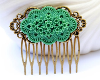 Green floral Hair Comb, Wedding Bridal Hair Comb.Flowers Collage Hair Comb, Bridal Bridesmaid Comb,Summer,Gift for her