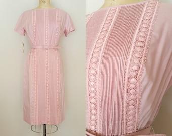 Vintage 1960s pink L'AIGLON dress / pink wiggle dress / medium