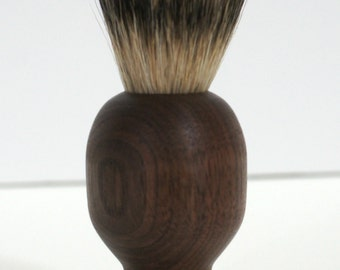 shaving brush, silvertip badger hair, walnut
