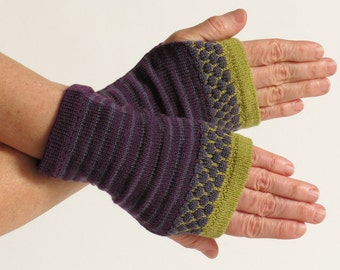 Merino Wool Wrist Warmer Fingerless Gloves, Purple
