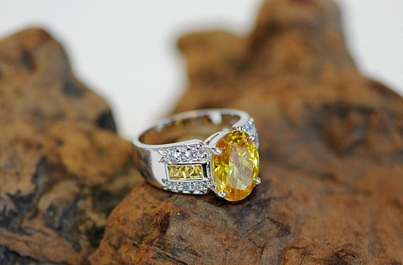Vintage Sterling Silver Ring W/Huge Oval Golden Yellow CZ.. Size 10.5  (#65)