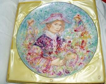Hibel Plate, Flower Girl of Provence, Germany, 1977