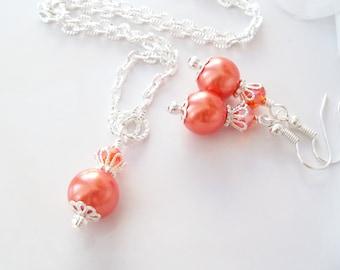 Tangerine Pearl Jewelry,Bridesmaids Earrings,Bridesmaid Jewelry,Pearl Bridesmaid Necklace and Earrings,Orange Pearls, Pearl Earrings