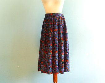 Vintage floral skirt / multicolor black red blue violet green / high waisted / midi long / medium