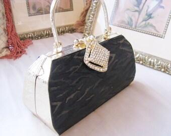 DIY Bags and Purses, prom, bridal clutch, bridal evening bag, handbag bridesmaid clutch, bridesmaid bag, DIY wedding clutch, wedding clutch