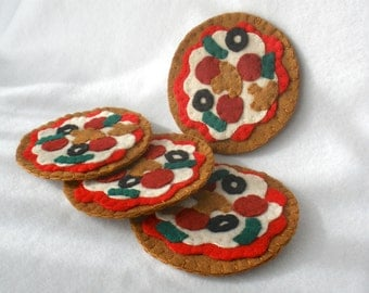 Felt Pizza Coasters, Hostess Gift, MugMats Pizza With Everything,  Loaded Pizza Set of Four